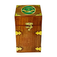 Octavius Whole Leaf Darjeeling Black Tea - Vintage Gift Wooden Box, 200 gm