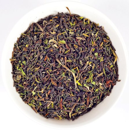 Nargis Darjeeling Flowering Organic Pekoe Special Black Tea, Loose Leaf 1000 gm