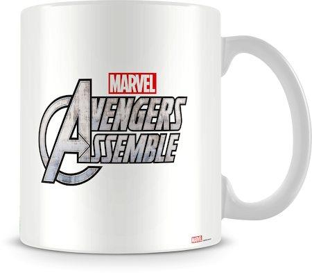 Marvel Assemble Cast in Action Ceramic Mug